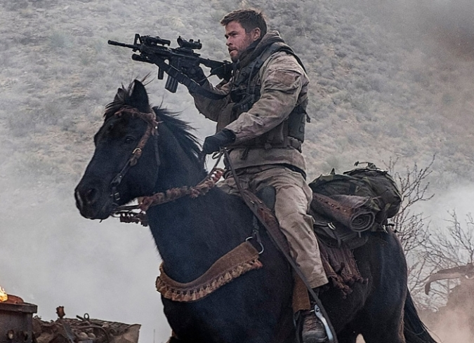 Tiempo atrás, en 2011, Jerry Bruckheimer buscó en Hollywood la posibilidad de realizar 12 Strong: The Declassified True Story Of The Horse Soldiers. Y para darse una idea de lo complicado que suele ser la industria, incluso el lege - ENFILME.COM
