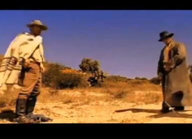 A escala: el hombre que mató a dos ladrones con un pollo   enfilme.com