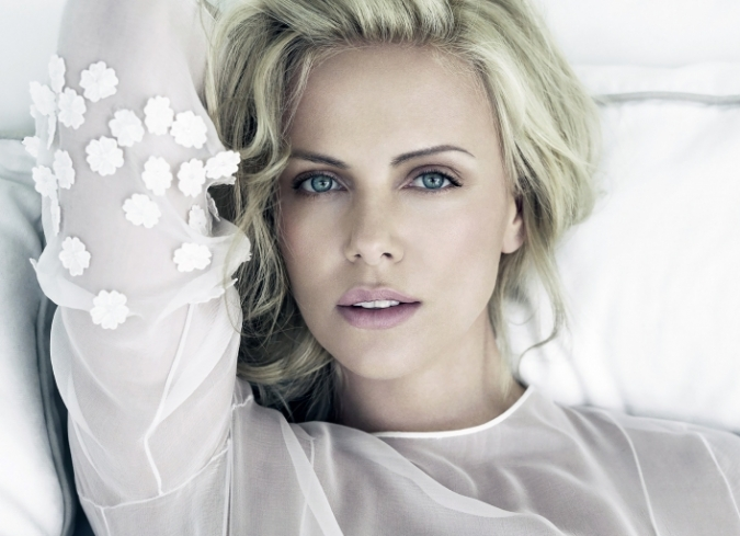 'The Chameleonic Charlize Theron', un video elaborado por Jacob T. Swinney para Fandor. - ENFILME.COM
