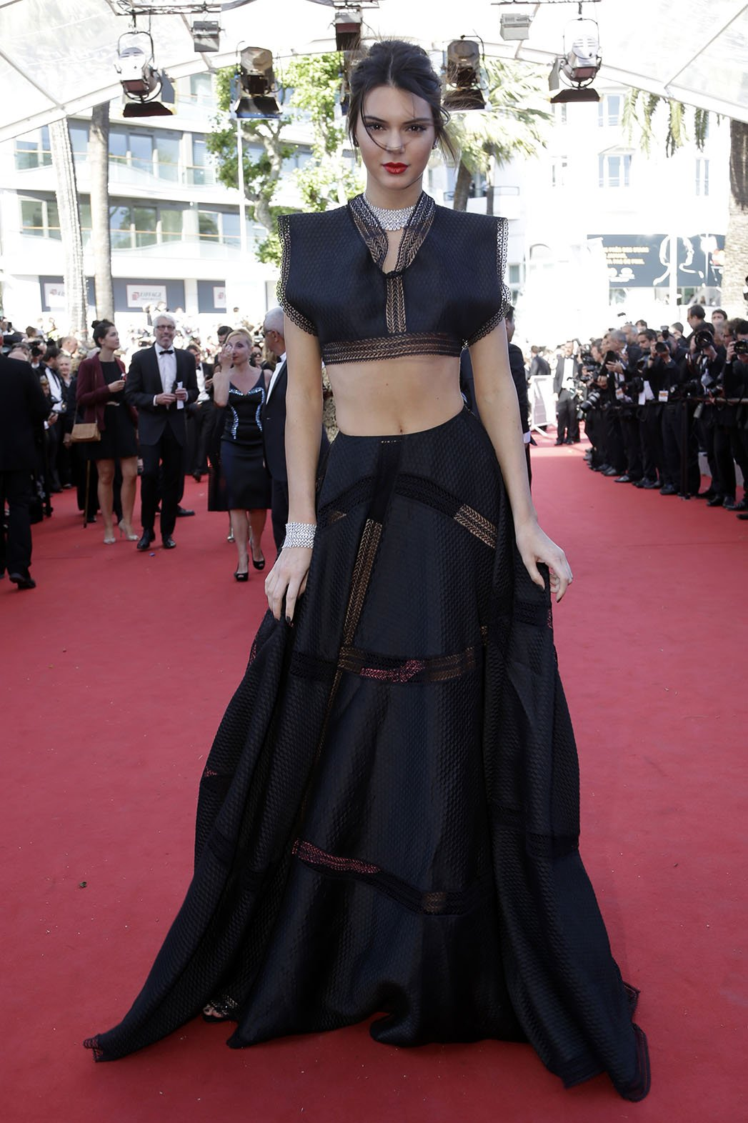 http://enfilme.com/img/content/kendall_jenner_cannes2015_Enfilme_53r95.jpg
