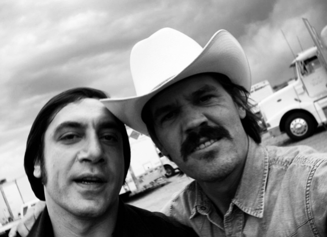 Llega a internet el documental que Josh Brolin realizó desde el set de No Country For Old Men. - ENFILME.COM
